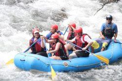 5_laender_quer_durch_suedamerika_von-chile_bis_brasilien_peru_river_rafting_urubamba.jpg