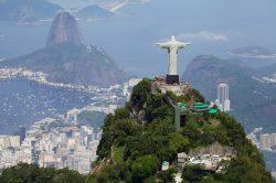 5_laender_quer_durch_suedamerika_von-chile_bis_brasilien_rio_christus_zuckerhut_Fotolia_71425432_S.jpg
