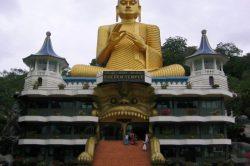 tempel_budhhas_zahn.JPG